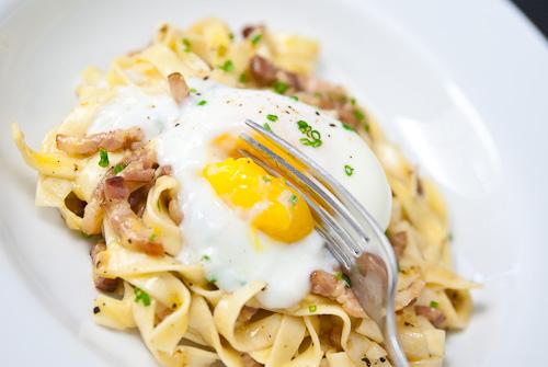 rome_pasta-carbonara-2