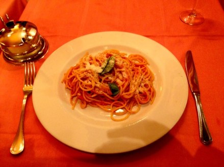 rome_spaghetti_pomodoro